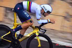 Filippo Ganna first to wear pink at Giro d'Italia, sets new TT speed record  - CyclingTips