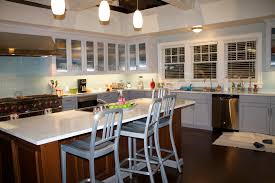 Kitchen Tv On The Set Of The Hit Tv Show Black Ish Colors The Ojays And