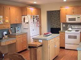 oak color paintBest Paint Color For Kitchen With Oak Cabinets Best Paint Color