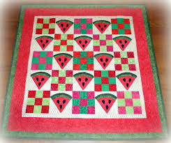 Doodlebugs and Rosebuds Quilts: The Watermelon quilt.... & The Watermelon quilt. Adamdwight.com