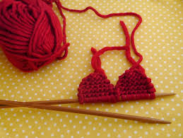 Knitted Heart Pattern Impressive How To Knit A Heart Julie The Knits