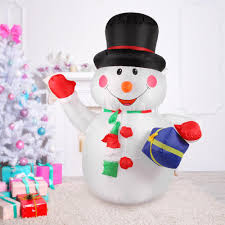 2019 2018 1.8m Tall Inflatable Christmas Snowman Holding Gift Decorations Outdoor Xmas Ornaments AC110 240V From Meinuo005,