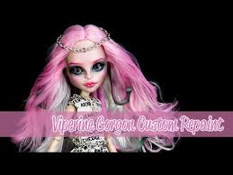 doll costume makeup tutorial for cosplay or you custom monster high viperine gorgon repaint tutorial