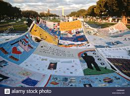 Volunteers spread the entire AIDS Memorial Quilt out along the ... & Volunteers spread the entire AIDS Memorial Quilt out along the National  Mall October 11, 1996 in Washington, DC Adamdwight.com