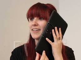Use Tablet As Phone Review Heres What Its Like To Use A Giant Android Tablet