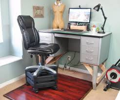 How tall is a desk Table Charming Simple Tall Chair For Standing Desk On Chair Upright Desk How Tall Should Standing Dswcouponsinfo Charming Simple Tall Chair For Standing Desk On Chair Upright Desk