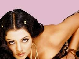 Hot Indian Sexy Actress Celina Jaitly Exposing Big Boobs And.