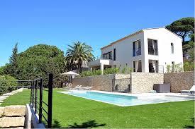 location d une villa avec 3 chambres saint tropez