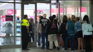 As Black Friday Hours Extend into Thanksgiving, Its Hype Fades | FOX40