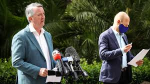 Premier daniel andrews told reporters on sunday masks would. Coronavirus Australia Live News Rush At Brisbane Hospital For Virus Tests And Sydney Begins Its New Masks Regime