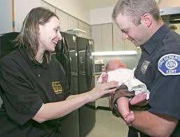 Mom thanks Kent firefighters for saving life of her baby born in ...