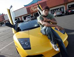 In mayweather's car collection, this one features a 267 mph top speed. Floyd Mayweather S Car Collection Packs A Massive Punch By Sam Maven Motorious Mar 2021 Medium