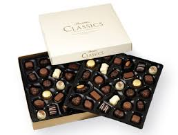 thorntons clics collection 630g