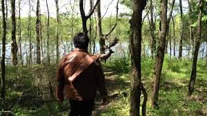 shooting my katniss hunting bow the hunger games