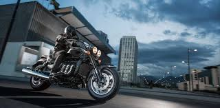 cruisers triumph motorcycles