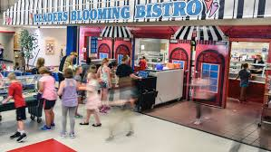 elementary school cafeteria. Students Make Their Way Through The Leaders Blooming Bistro During Lunch On Tuesday Afternoon At L.B. Williams Elementary School. (Matt, Gade / Republic)3 School Cafeteria