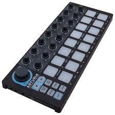USB <b>MIDI контроллер Arturia BeatStep</b> Black Edition, Arturia в ...