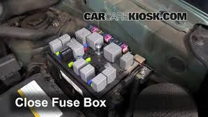 replace a fuse kia sportage kia sportage lx l 6 replace cover secure the cover and test component