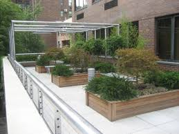 apartment landscape design. Astonishing Fresh Landscape Rooftop Design From Top House : Stunning Spacious Garden Landscaping Apartment N