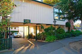 HotelR  Best Hotel Deal SiteCarmel Fireplace Inn