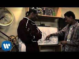 Wiz Khalifa - <b>Black And Yellow</b> [G-Mix] ft. Snoop Dogg, Juicy J & T ...