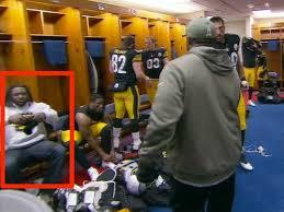 Steelers Bedroom Legarrette Blount Leaves Field Early Against Titans Business Insider