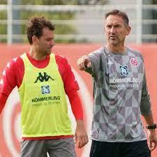 Ádám szalai fifa 21 career mode. Mainz 05 Coach Beierlorzer Schliesst Ruckkehr Von Adam Szalai Aus