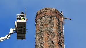 Carlisle In Großbritannien Mann Verunglückt An Schornstein