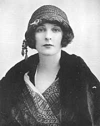 Freda Dudley Ward - Wikipedia