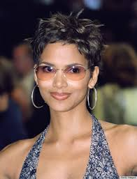 An Ode To Halle Berry S Pixie Huffpost Life