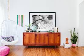 mid century modern eclectic living room. Elegant Mid Century Modern Credenza Vogue Los Angeles Eclectic Living Room Inspiration With Blue Accents Sofa Colorful House Ecclectic Emerald Green C
