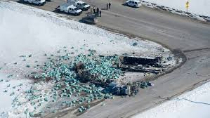 15 killed as lorry collides with junior hockey team's bus in Canada ...
