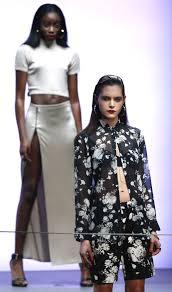 River Island Plus Size Chart Rihanna For River Island At London Fashion Week Metro Uk