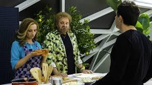 Poveri ma ricchi con Christian De Sica, stasera su Canale5 ...