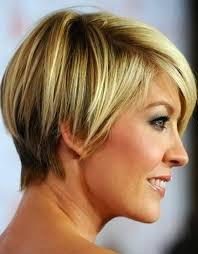Short Hairstyles For Women With Thick Hair 93 Inspiration Womens Short Haircuts For Thick Hair Hottest Short Hairstyles For