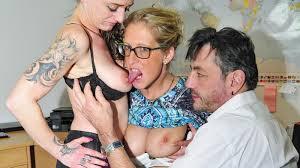 Reife Swinger Free Porn Videos Best Reife Swinger scenes on PornDoe