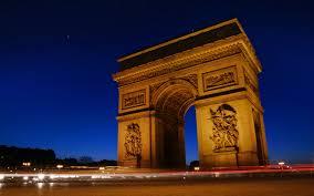 Коротко о стране Франция Франция от А до Я Сюда отправляются многочисленные любители экскурсионных программ один Париж с его культурными и историческими достопримечательностями чего стоит