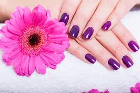 紫のおすすめネイル上品な大人の女性を目指したい人必見 おすすめ
