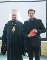 Православный портал Вручение дипломов выпускникам вечерних  катехизаторские курсы вручение дипломов