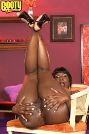 Ebony Babe Kelly Starr with Beautiful Ass Wearing Miniskirt.