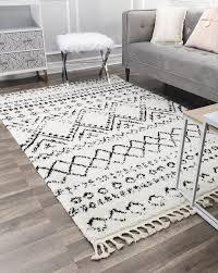 reena power loom white black rug in