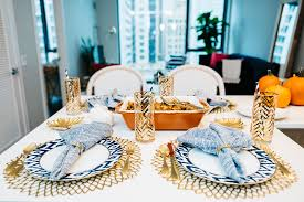 Blue And Gold Table Setting Fall Thanksgiving Friendsgiving Table Set Up Tablescape Palce