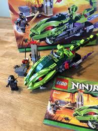 Lego Ninjago Schlangenbike 9447 + 9558 in 35713 Eschenburg für 35,00 € zum  Verkauf