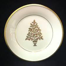 57 Beautiful Christmas Dinnerware Sets  Christmas Dinnerware Sets Lenox Christmas Tree Plates