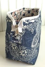 open makeup bag. emmaline bags: sewing patterns and purse supplies: the retreat bag - a free tutorial zipper pouch makeup box open wide