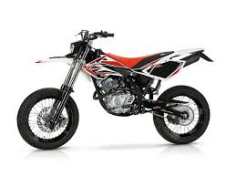beta 125 rr motard 4t rider s nolo motorcycle rental service in