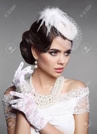 ファッション レトロなエレガントな女性の肖像画結婚式の髪型ブルー