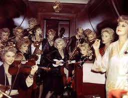Marilyn Monroe, Tony Curtis, Jack Lemmon, Marian Collier, Barbara Drew, Joan  Fields, Mary Foley, Penny McGuiggan