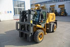 China 3 5ton All Off Road Terrain Diesel 4w Driving Forklift China