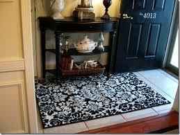 entry black white fl rug